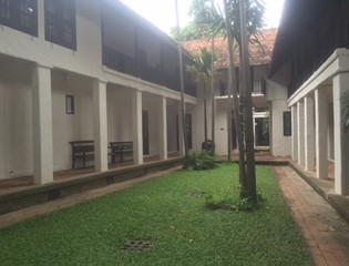tamarind-village-courtyard